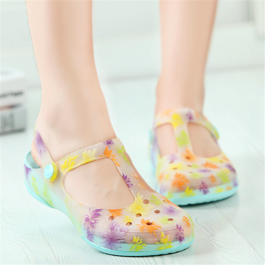 Women summer sandals printing jelly hole shoes casual beach home plastic sandals heavy-bottomed large size(China (Mainland))