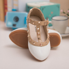 spring and summer PU leather princess shoes female child sandals cutout child single shoes breathable rivet t shoes(China (Mainland))