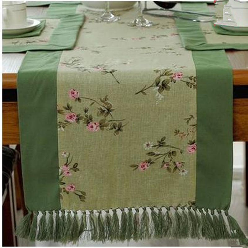 Chinese Style Fresh Pastoral Tassels Cotton &Linen Floral Table Runner Green Red(China (Mainland))