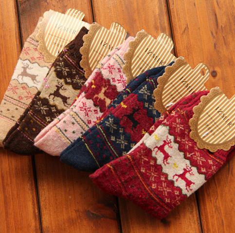 New 2015 Christmas Snowflake Deer Design Womens Wool Socks Warm Winter Comfortable(China (Mainland))
