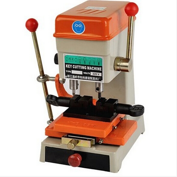 Free shipping by DHL 368A key cutting duplicated machine,220V/110V ,locksmith tools.200w.key machine(China (Mainland))