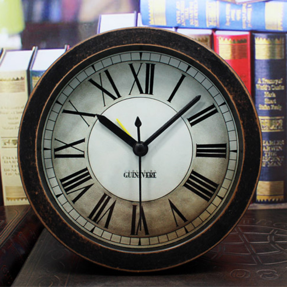 European Retro Style Table Desk Clock with Roman Numerals Black Pointers Silent Sweeping Second Hand Round Shape Home Decor(China (Mainland))