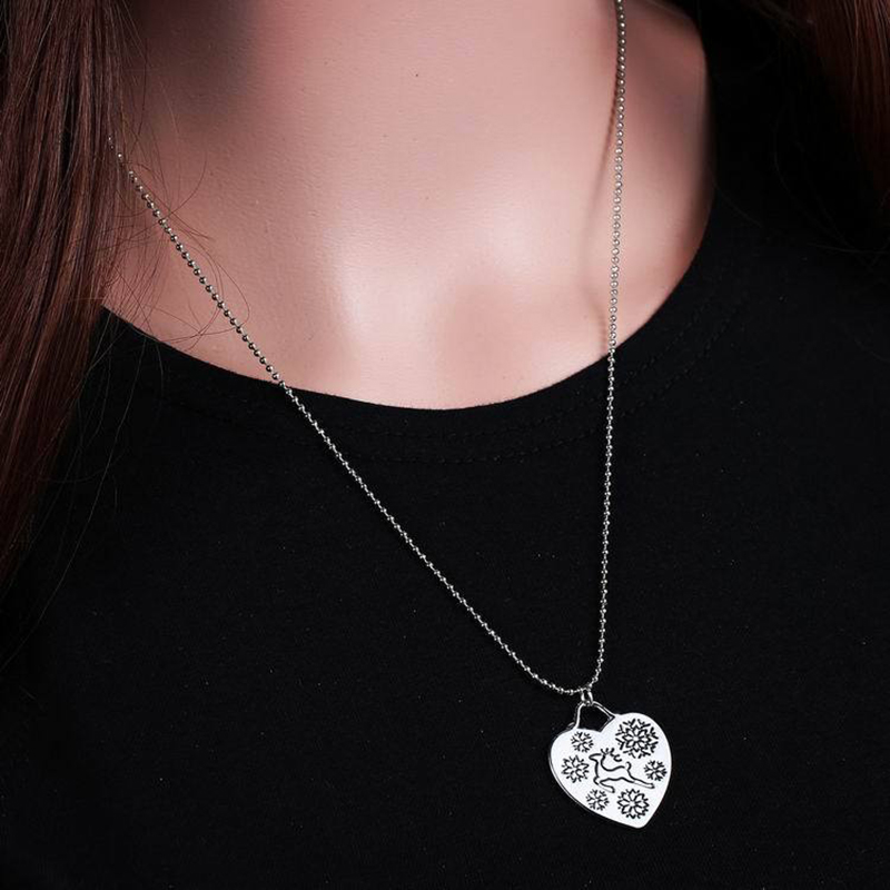 Browning Heart Necklace Hand Stamped Deer & Snowflake Necklaces Country Girl Necklace Deer Hunting Accessory Gift for Her(China (Mainland))
