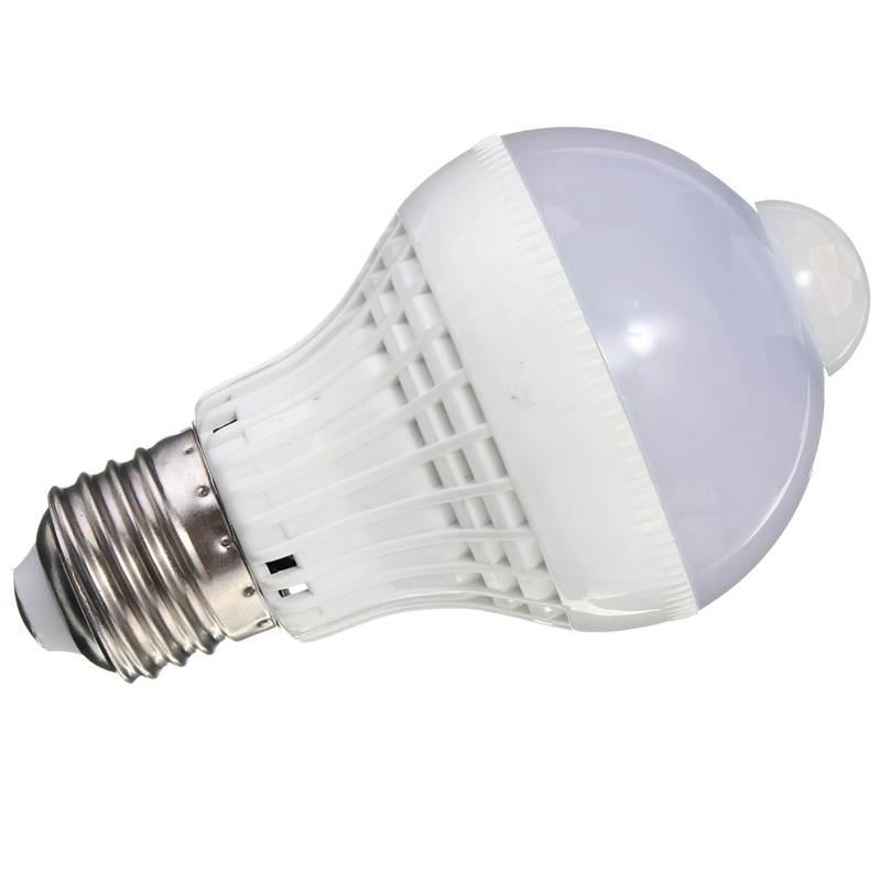 Best Promotion E27 5W 220V 2835 SMD 18 LED Motion Control PIR Sensor Globe Light Lamp Bulb Pure Warm White(China (Mainland))