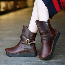 Fashion Motorcycle Short Female Boots Discount Genuine Leather Women Boots Platform Boots Low Heel(China (Mainland))