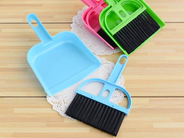 Free shipping bargain price wholesale mini table desk cleaning dustpan broom suit unit computer Keyboard Brush set(China (Mainland))