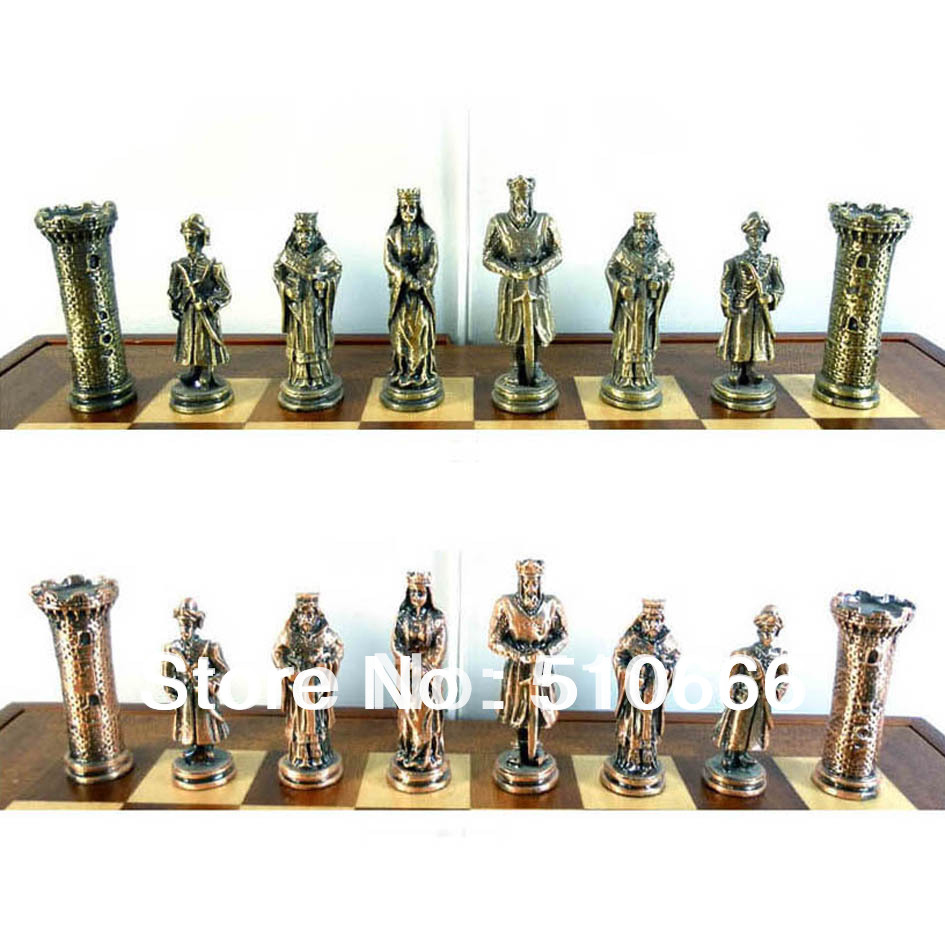 International metal chess crusader theme chess set in inimitable design with antique colour - Collectible chess sets ...