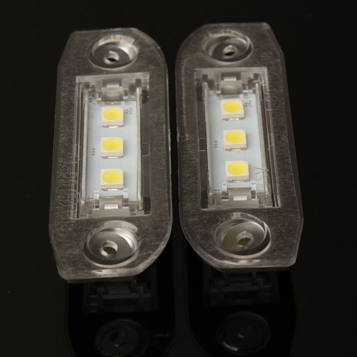 Audew 2x 3 LED White Number License Plate Light Lamp For SMD Luce Targa Volvo S80 S60 C70 V70 E-marked<br><br>Aliexpress