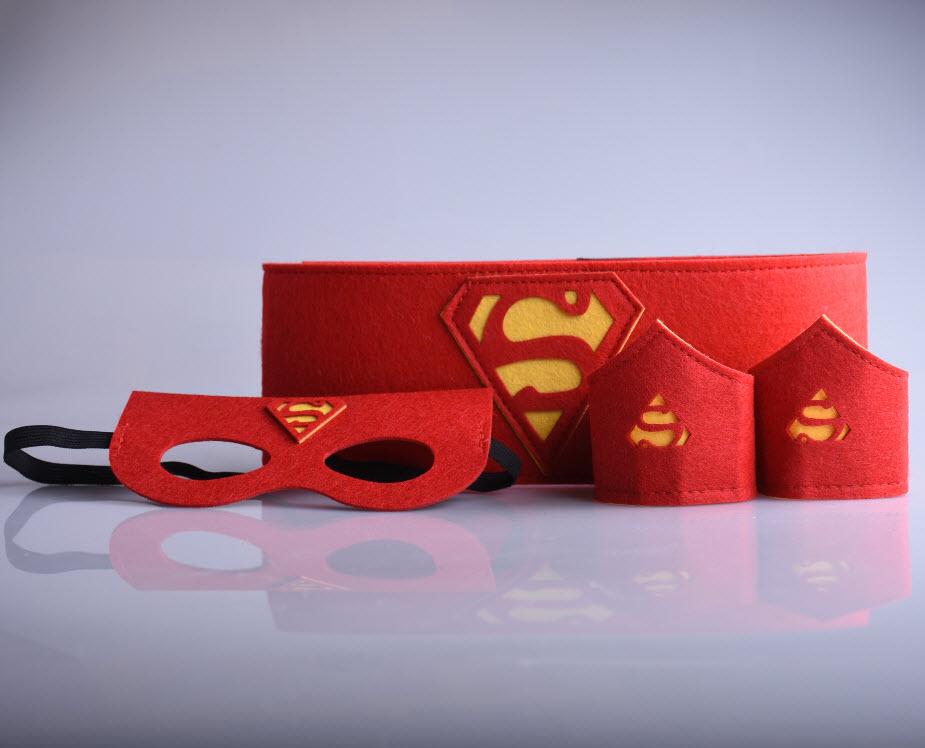 Halloween Superheld red polsband pols riem 1set=2 band+1 superheld cosplay armbanden armbanden superman riem Kids toys(China (Mainland))