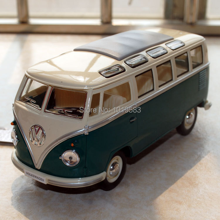 Free Shipping 1/24 Scale Car Model Toys 1962 Volkswagen Classic Bus Green Diecast Metal Car Model Toy For Children/Kids/Gift(China (Mainland))