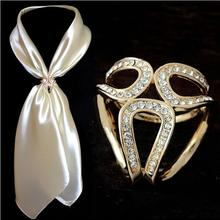 2015 Newst Gold Silver Flowers Scarf Buckle Wedding Brooch Christmas Pins Crystal Holder Silk Scarf Jewelry(China (Mainland))