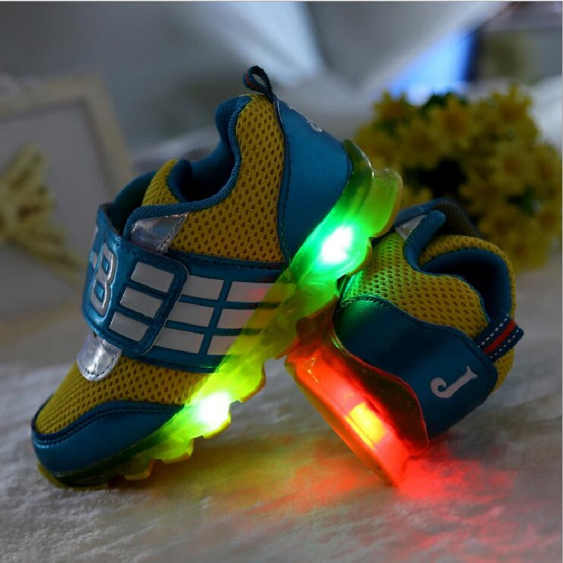 children shoes / 2016 new LED flashing children, boys girls breathable mesh casual shoes, kids light - Children's sports stores store