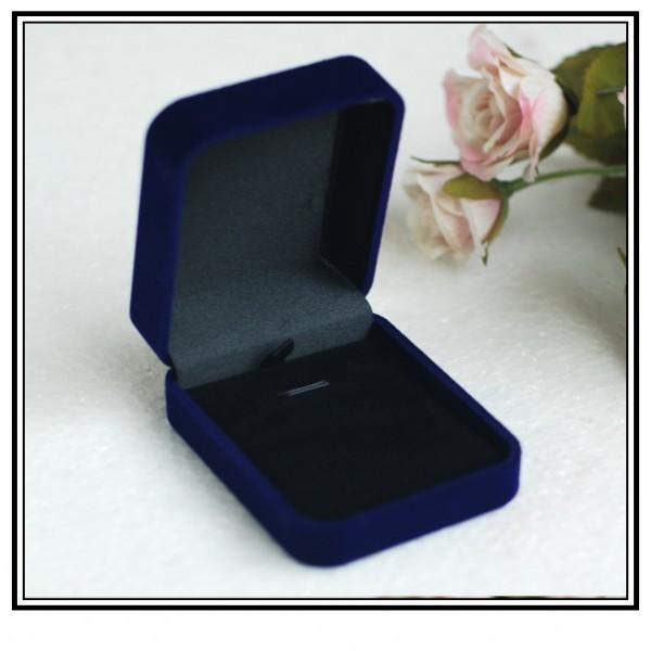 velvet gift boxes 1