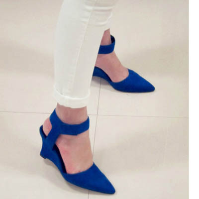 2015 new summer sandals female nude show thin cashmere hollow buckle with a pointed hollow thick
