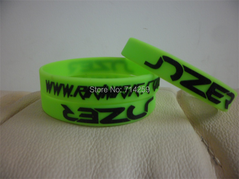 100pcs/Lot High Quality Custom Personalized Print Text Rubber Wristband Bracelets For Events P092103(China (Mainland))