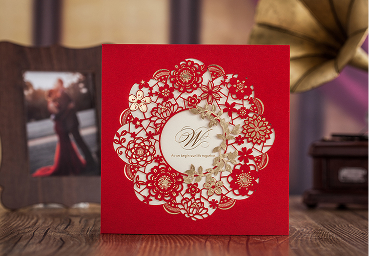 High Quality Red Wedding Invitation Card 150*150mm Gold-Bronzed Flower 50pcs/lot With Envelopes And Seals For Free(China (Mainland))
