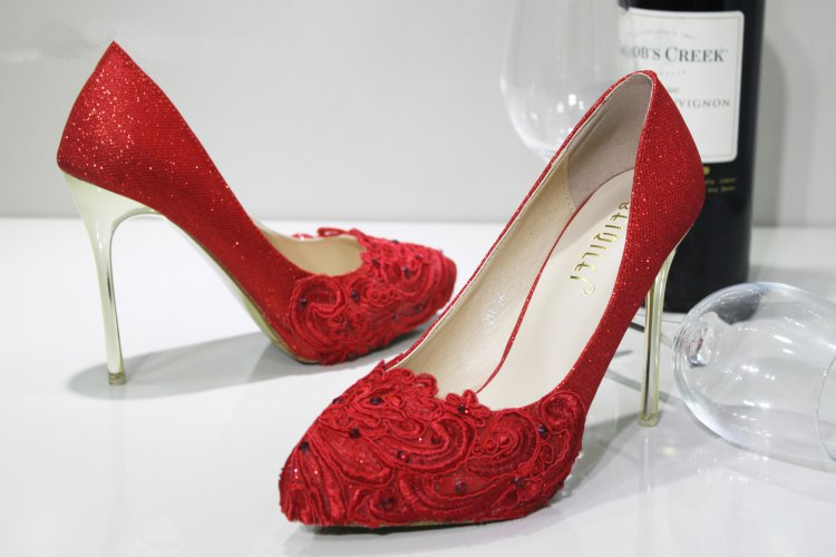 product Glitter Lace Women's Beaded High Heels Sexy Red Pointed Toe Pumps Sequin cloth Party Shoes Bridal Wedding Shoes Free Shipping