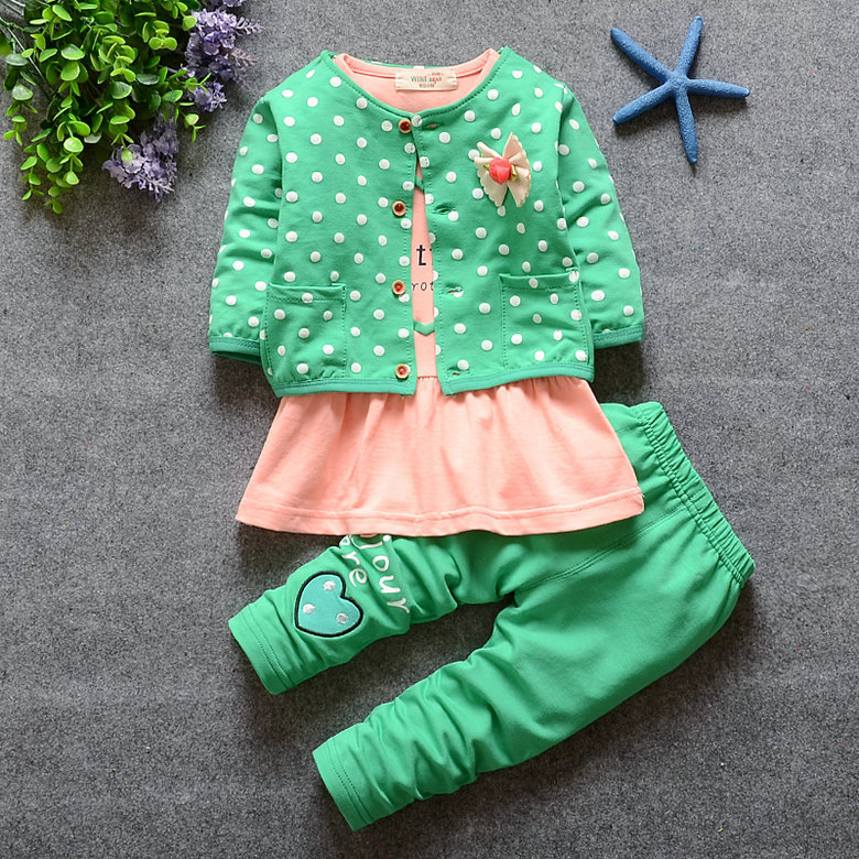 2016 New Baby Girl clothing Sets kids 3PCS coat+ T shirt + Pants children Cute Princess Heart-shaped Print Bow baby girl outfits(China (Mainland))