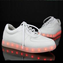 High quality 7 colors LED Light Flat Shoes For Men Fashion Light Up Casual Shoes For Adults Outdoor Glowing Women light up