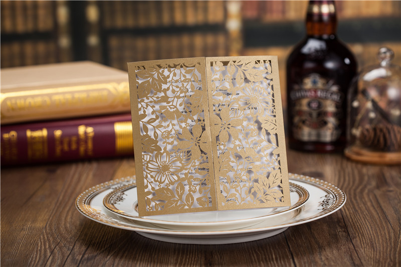 50pcs/set free envelop and seal Laser cut Gold leaf open gate style Wedding Invitation CW5103(China (Mainland))