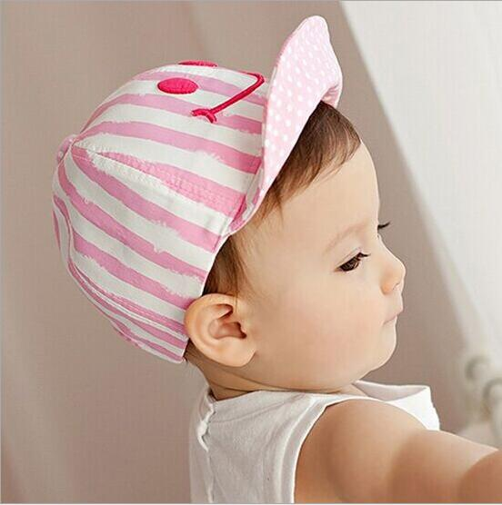 1 Piece Cute Autumn Newborn Baby Hat Girls Boys Smile Striped Baseball Cap Infant Summer Cotton Unisex Sun(China (Mainland))