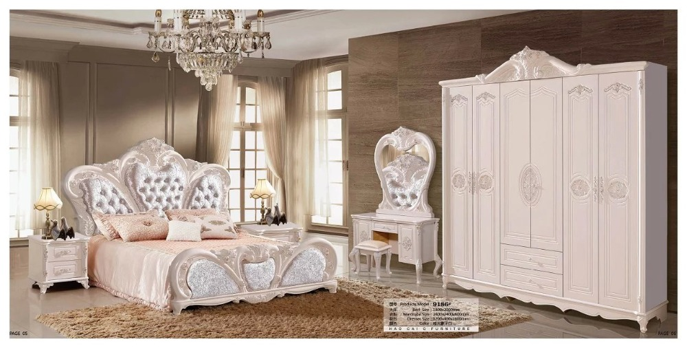 modern european solid wood bed Fashion Carved leather french bedroom set furniture king size HC00108(China (Mainland))