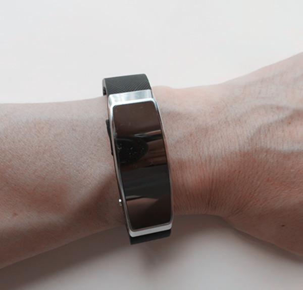 ถูก 16G smart bracelet music player audio recorder MP3 player w/ voice recorder time stamp battery 20H REC memory disk audio player