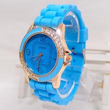 Luxury Brand Silicone Watch Women Ladies Fashion Crystal Dress Quartz Wrist watch Relogios Feminino M046 QXQ