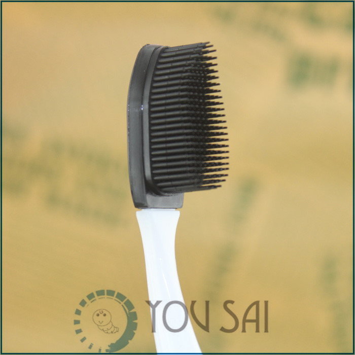Bamboo charcoal and nanometer fuzz soft toothbrush imported from Japan with a head more NO.813(China (Mainland))