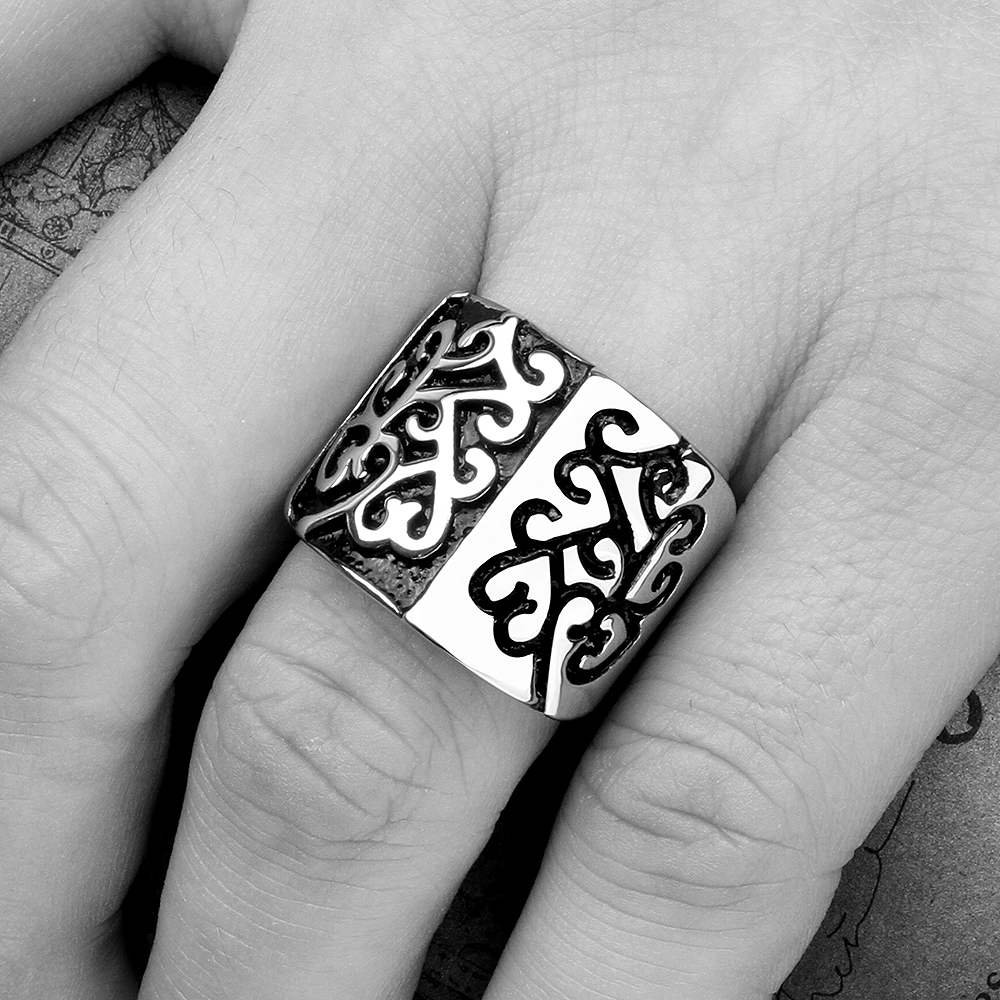 The Black Friday jewelry Sale 316L Stainless Steel Ring Vintage Look Enamel Punk Rock Rings For Men Women Unisex Cool Style Ring(China (Mainland))