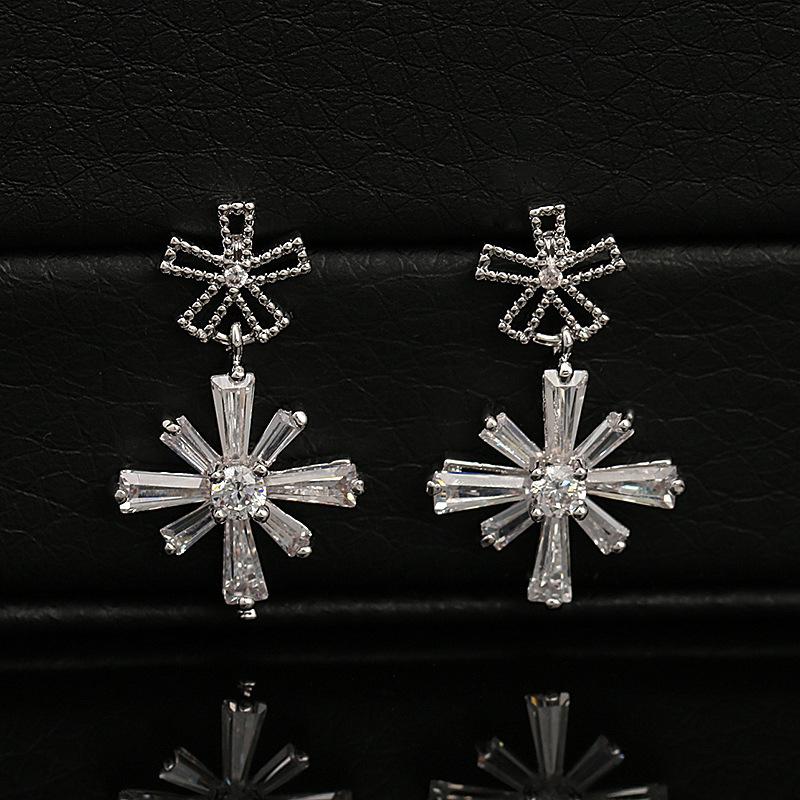New Snowflake Dangle Earcuff Fashion Jewelry Crystal Wedding Earrings Drop Earrings Quality Luxury Zircon Earrings For Women(China (Mainland))