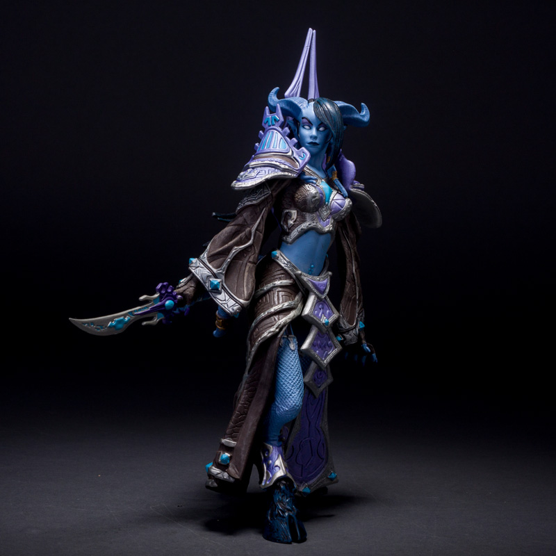 20cm PVC WOW Action Figure Model, 7.9inch Draenei Mage WOW Figure Toys, Hot Game Figure, Anime Brinquedos, Kids Toys(China (Mainland))