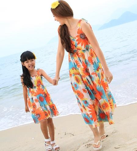 FAMILY Dress New Summer Beach Chiffon Bohemian Woman Girl Dresses Children Girls Sunflower Vest dress(China (Mainland))