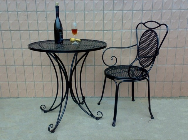 Wrought iron tables and chairs and coffee tables and chairs three-piece Plum leisure furniture outdoor balcony patio chairs park(China (Mainland))