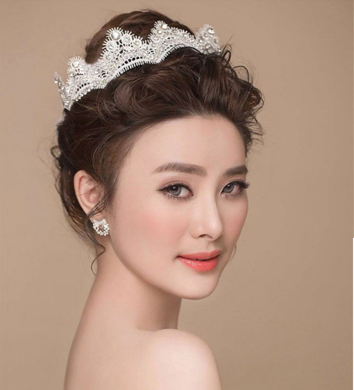 wedding bride hair ornament,women lace head crown,crystal hair tiara crown jewelry,beautiful and sexy wedding accessory(China (Mainland))