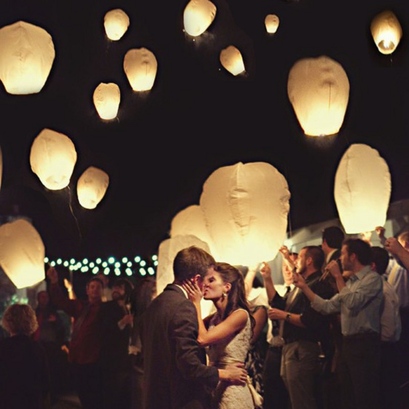 10 Pcs Wishing Lanterns Chinese Multicolor Flying Sky Paper Lantern With Candle Light Party Decorations 2015 New Freeshipping(China (Mainland))