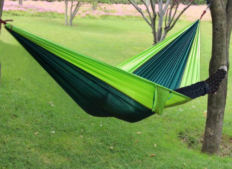 1 pcs free shipping double parachute hammock outdoor traveling camping 2 person hammock can bear 300 kg(China (Mainland))