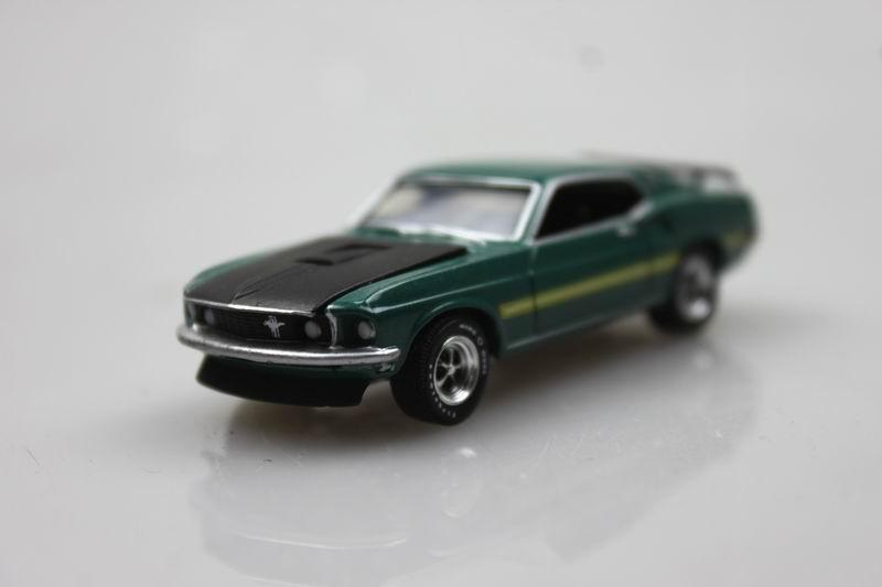 GreenLight 1/64 1969 Foord Mustang Mach 1 Alloy car model Muscle Car(China (Mainland))