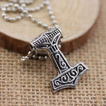 Movie Series New Design Accessories Marvel Comics The Avengers Superhero Thor Hammer Pendant Necklace
