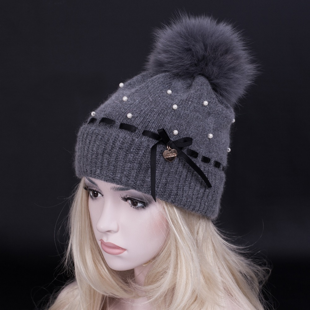 LIU JO Autumn winter Knitting Wool Hat .removable Animal hair bulb winter hat for women. Lady Beanie Knitted Caps .Free Shipping(China (Mainland))