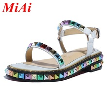2016 new summer gladiator sandals genuine leather women sandals european shoes woman with rivets punk style ladies casual shoes