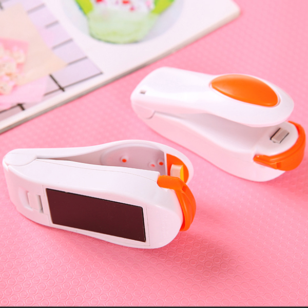 1 PCS Randomc Color!! Portable Mini Heat Sealing Machine Impulse Sealer Seal Packing Plastic Bag Kit(China (Mainland))