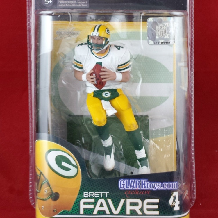 Animation Garage Kid Collection Kids Toys: Action Figure PVC Dolls Rugby NFL Green Bay Packers Brett Favre 4 Model Best Gifts(China (Mainland))
