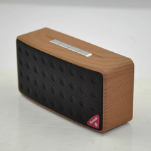 Wireless Mini Bluetooth Speaker Subwoofer with TF Card USB Player support FM Radio Detachable Battery Bluetooth Audio Receiver