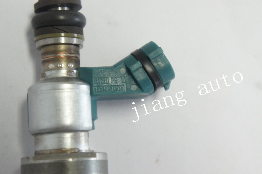 Fuel injector nozzle 23250-31020is suitable forToyota crown free delivery(China (Mainland))