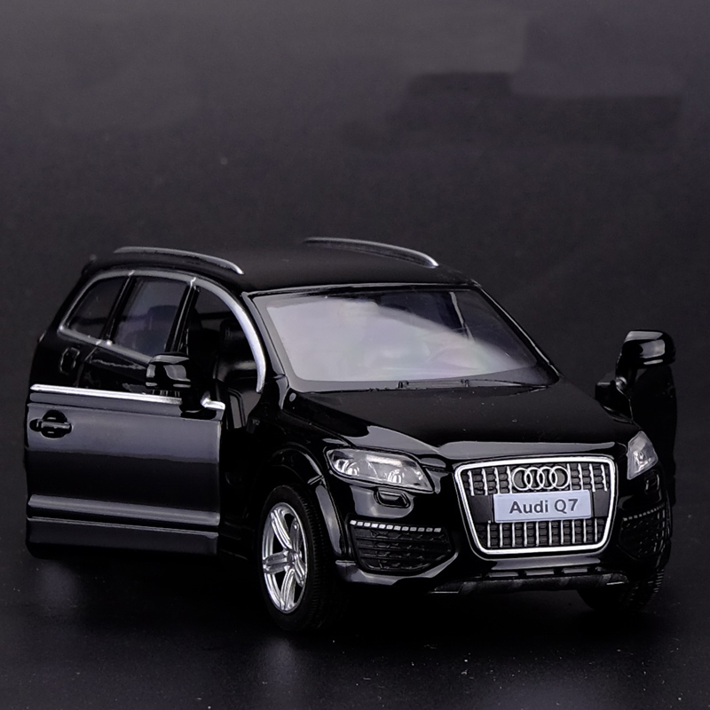 1/36 Scale Car Model Toys AUDI Q7 SUV Diecast Metal Pull Back Car Toy For Gift/Collection/Kids Free Shipping(China (Mainland))