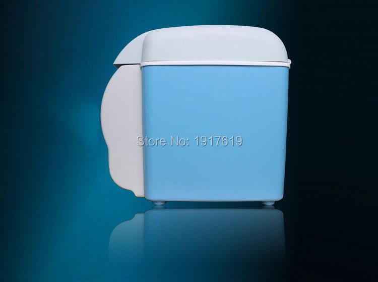 Portable Mini Car Refrigerator Geladeira Fridge Nevera Portatil12v 7.5L Insulin Cooler Box Freezer For Trucks Car Electronics(China (Mainland))