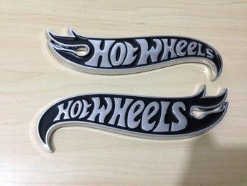 1 пара Chrome и ЧЕРНЫЙ Hot Wheels Пламя Эмблемы Hot Rod, Mustang, Camaro