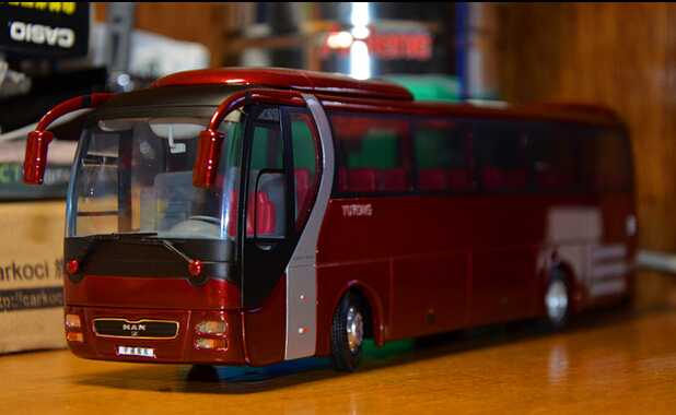 2015 hot sell Bus model ZK6120R41 1:42 alloy car model(China (Mainland))