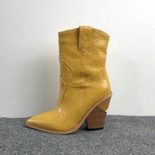 2020 Spitz Stiefeletten für Frauen Herbst Winter Western Cowboy Stiefel Frauen Keil High Heel Stiefel Weiß Schwarz Gelb stiefel(China)